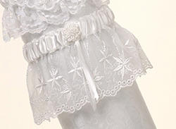 Lacy Daisy Bridal Garter - White or Ivory