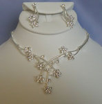 Crossing Flowers Clear Rhinestone Necklace Set